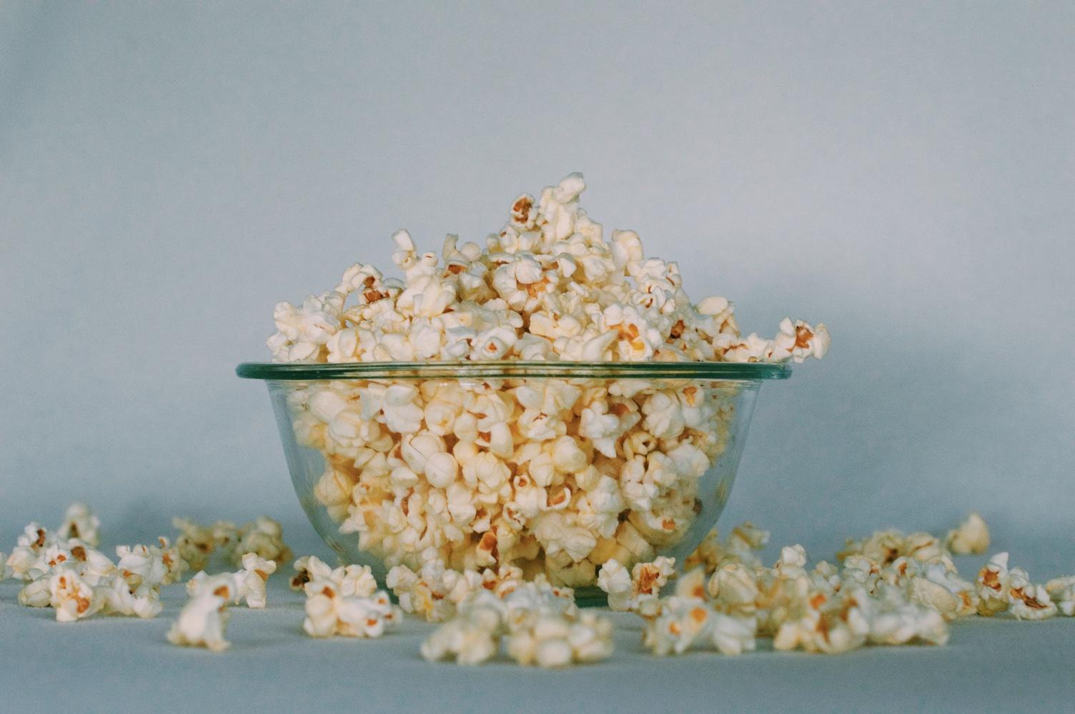 6 personas que tienes que seguir si te encanta el cine